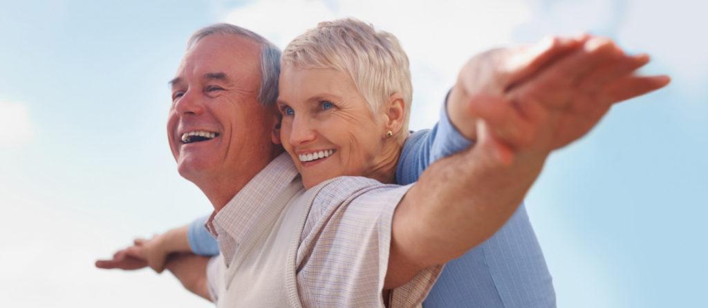 couple senior heureux